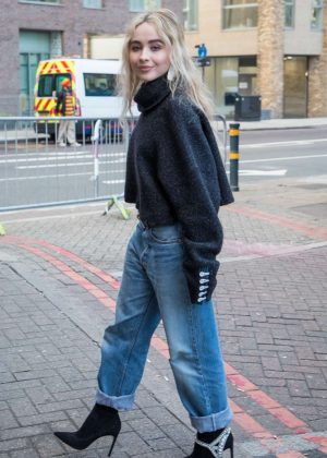 Sabrina Carpenter - Out and about in London