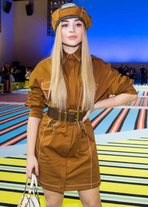 Sabrina Carpenter - Versace Fashion Show in Milan