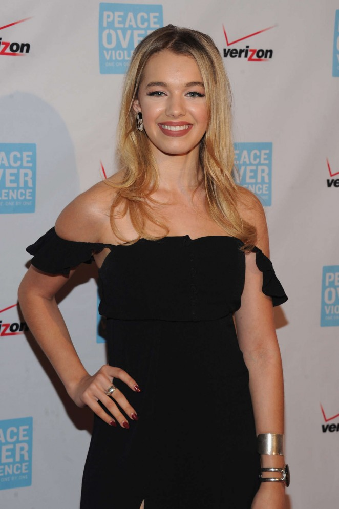sadie calvano dating All material on sadie calvano from news, features and fan uploaded images are available.