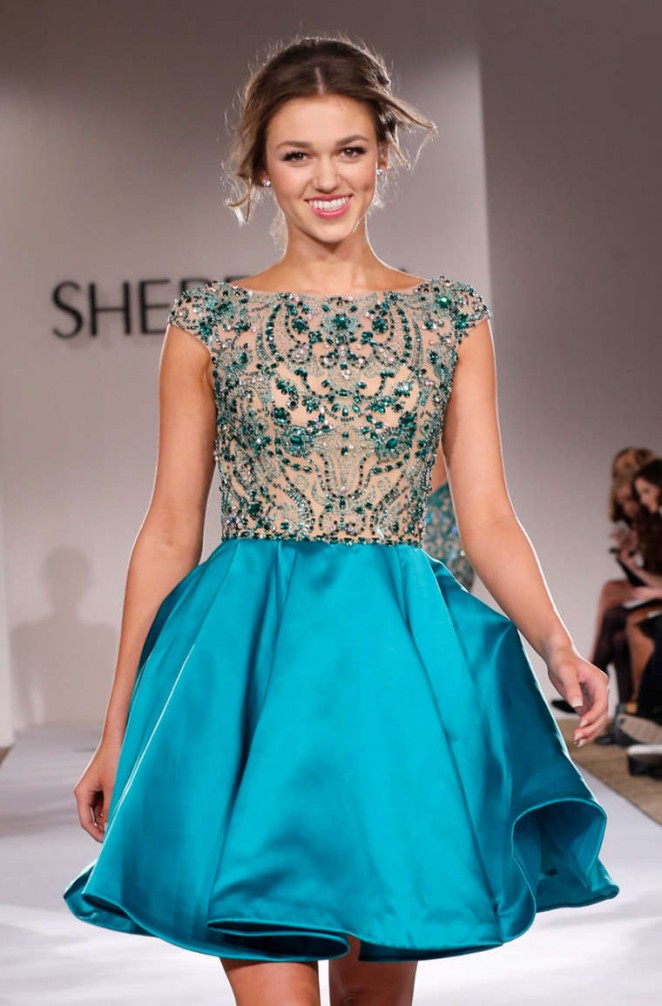 Sadie Robertson – Sherri Hill Fashion Show in New York | GotCeleb