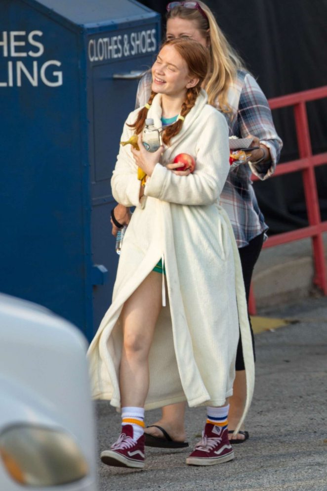 Sadie Sink – Filming 'Stranger Things' in Palmetto