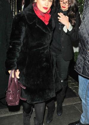 Salma Hayek & Penelope Cruz at Scott's Restaurant in London