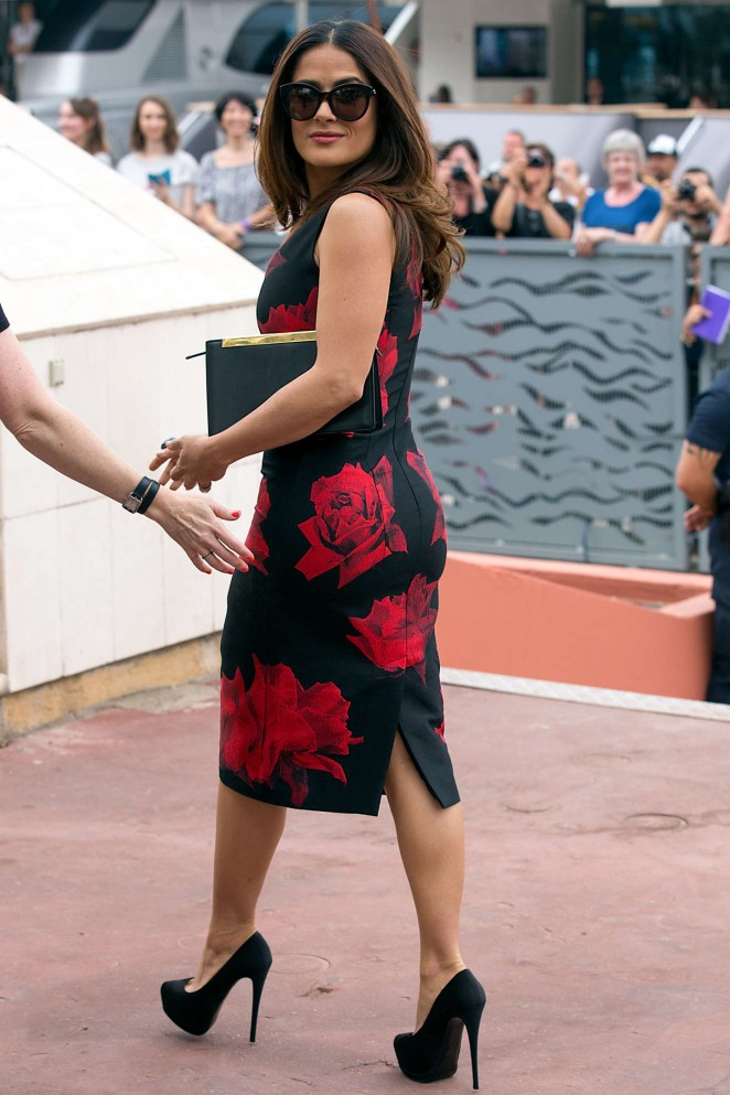 Salma Hayek: Tale Of Tales Photocall at 2015 Cannes Film Festival -01