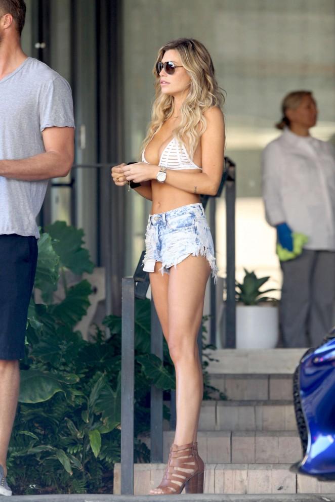 77d6173d745 Samantha Hoopes in Jeans Shorts and Bikini Top -14 | Samantha Hoopes 2016