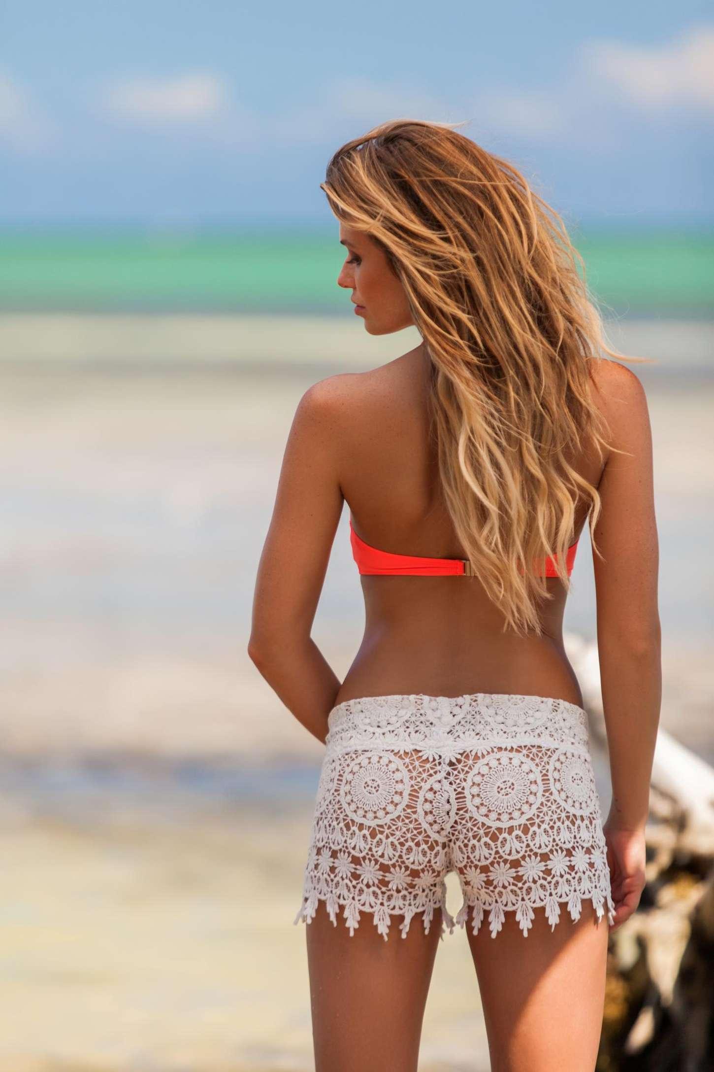 Samantha Hoopes: Plumeria Bikini 2015 -08 - GotCeleb