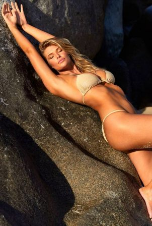 Samantha Hoopes - Sports Illustrated Swimsuit 2020 Issue
