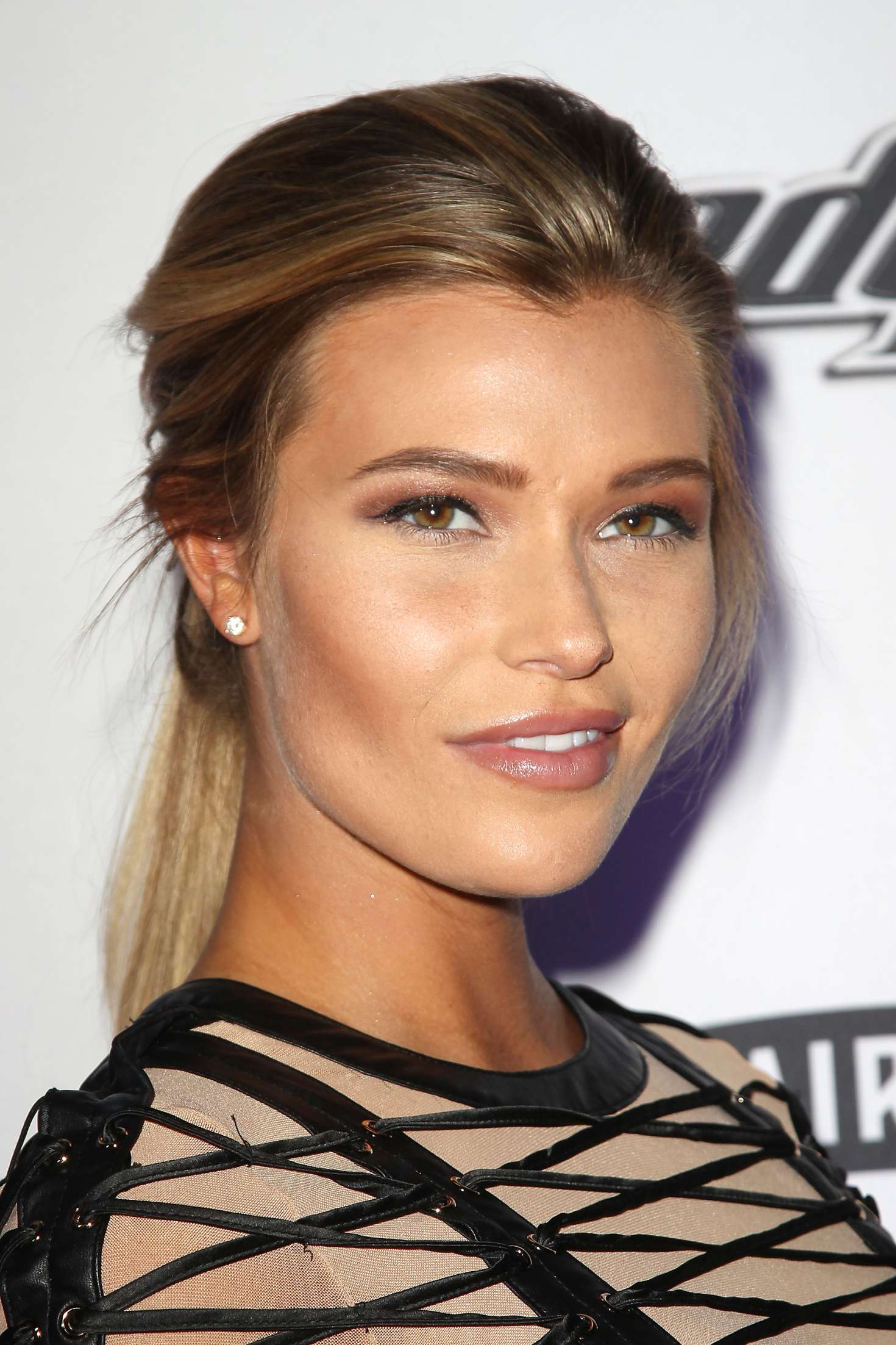 Samantha Hoopes: Sports Illustrated Swimsuit Edition