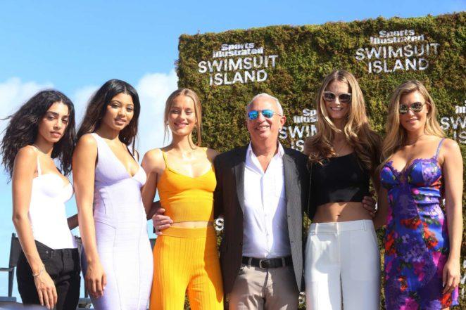 Samantha Hoopes 2017 : Samantha Hoopes: Sports Illustrated Swimsuit Island -70