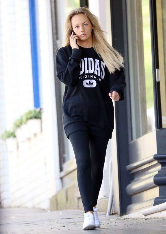 Samantha Jade out in Sydney -11