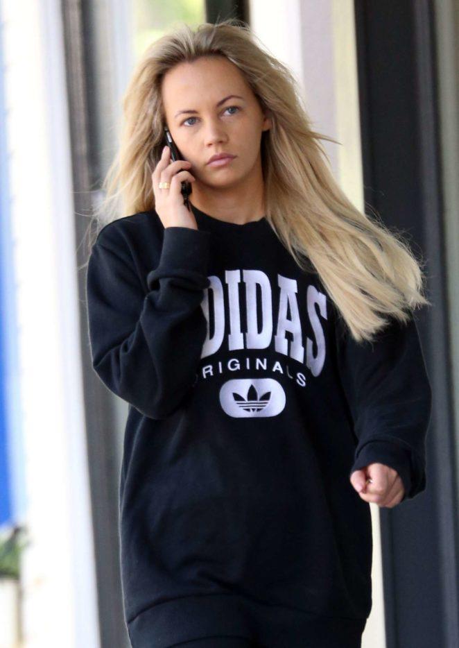 Samantha Jade out in Sydney -12
