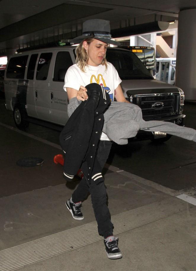 Samantha Ronson at Los Angeles International Airport