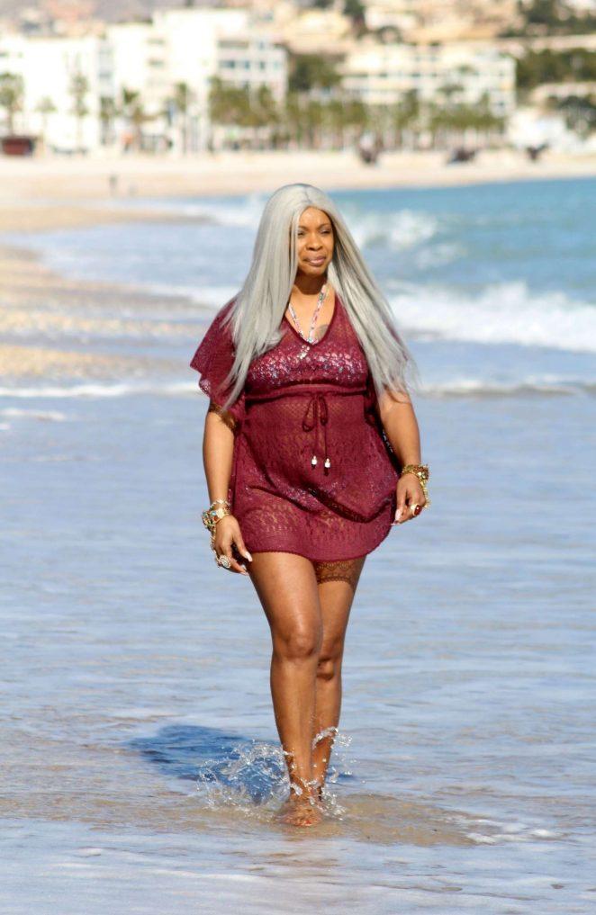 Sandi Bogle 2018 : Sandi Bogle: Bikini Candids -15