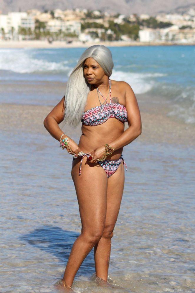 Sandi Bogle 2018 : Sandi Bogle: Bikini Candids -33
