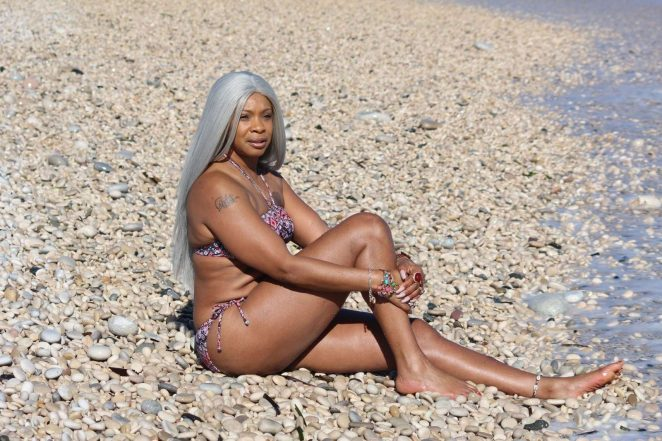 Sandi Bogle 2018 : Sandi Bogle: Bikini Candids -42