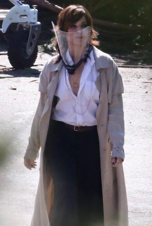 Sandra Bullock - 'Bullet Train' set filming in Los Angeles