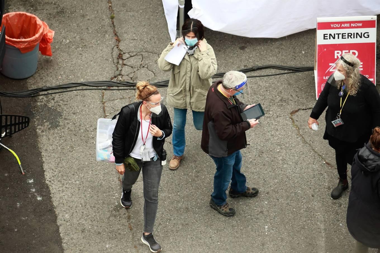 Sandra Bullock 2020 : Sandra Bullock – Filming her latest film in Vancouver-05