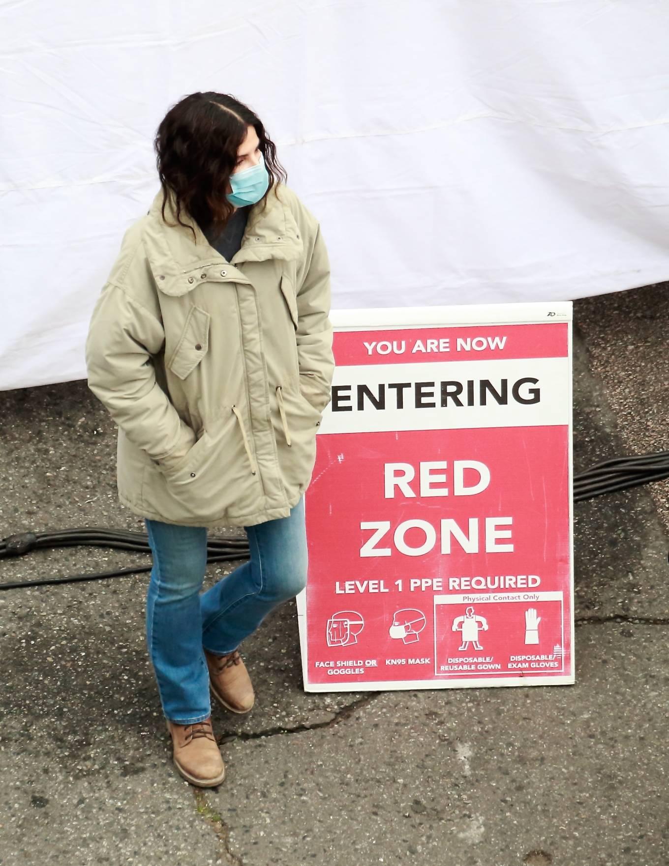 Sandra Bullock 2020 : Sandra Bullock – Filming her latest film in Vancouver-06