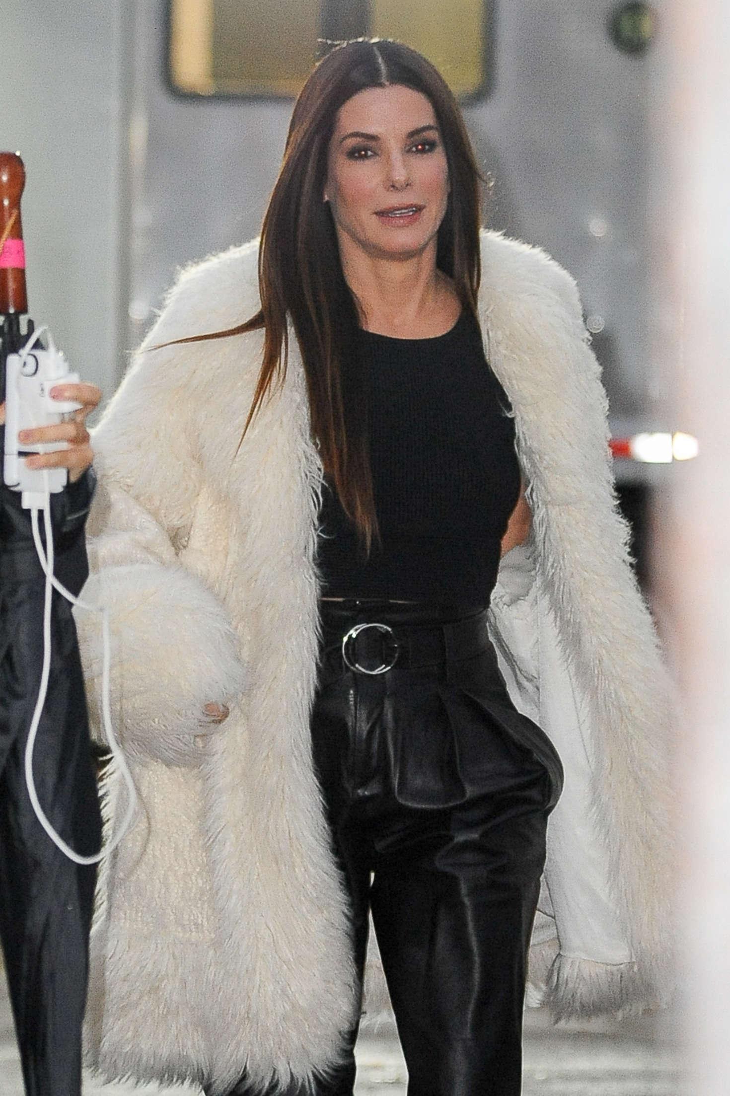 Sandra Bullock - On set of 'Ocean's Eight' in New York City