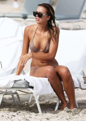 Sandra Kubicka: Hot in Bikini -15
