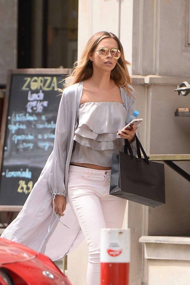 Sandra Kubicka - Leaves a Restaurant in Warsaw
