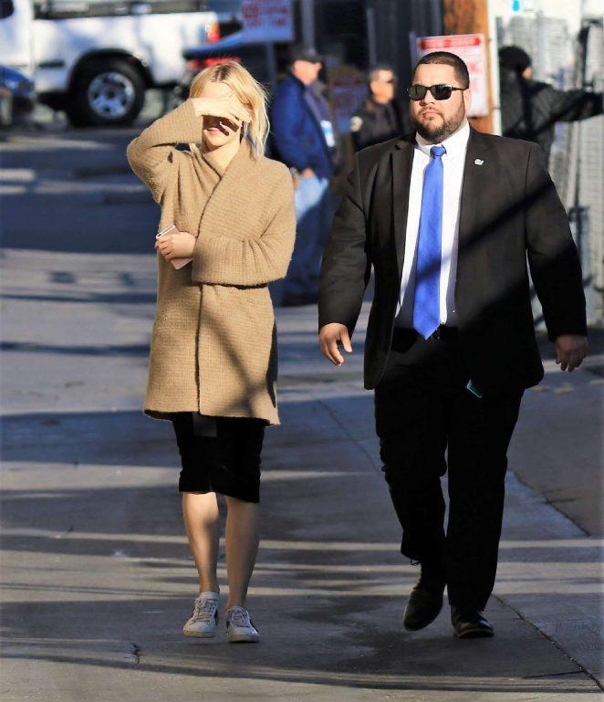 Saoirse Ronan: Arriving at Jimmy Kimmel Live -01