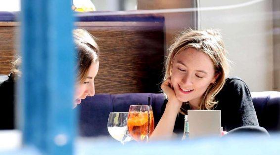 Saoirse Ronan 2019 : Saoirse Ronan at the pub in Notting Hill-08