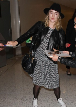 Saoirse Ronan - LAX Airport in Los Angeles