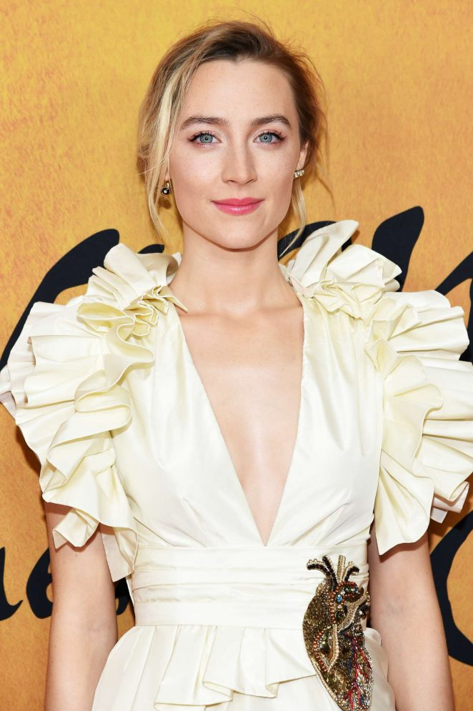 Saoirse Ronan - 'Mary, Queen of Scots' Premiere in New York