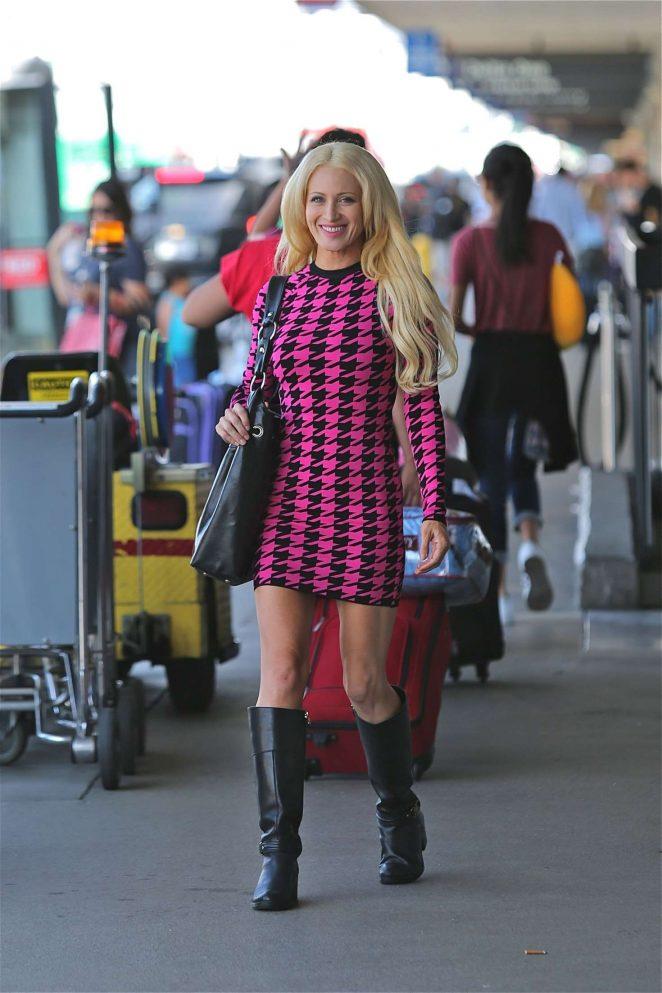 Sara Barrett at LAX airport -06
