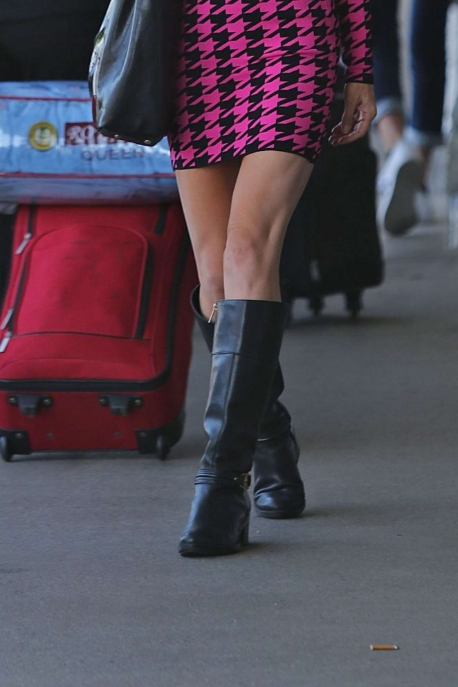 Sara Barrett at LAX airport -13