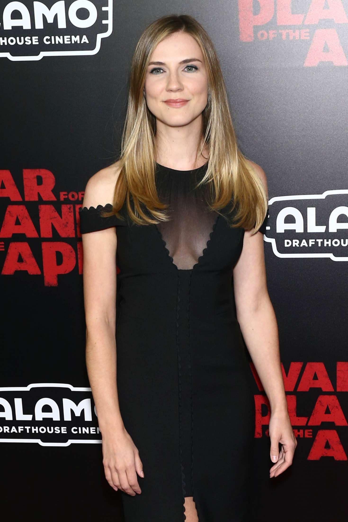 pictures Sara Canning