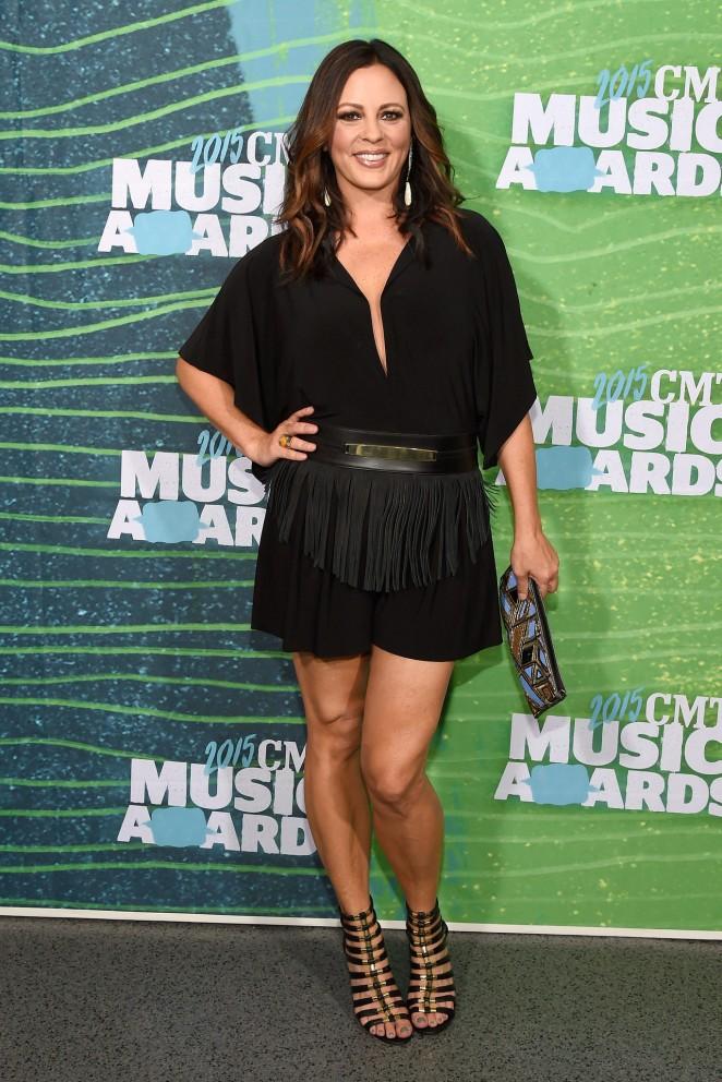 Sara Evans: 2015 CMT Music Awards -02