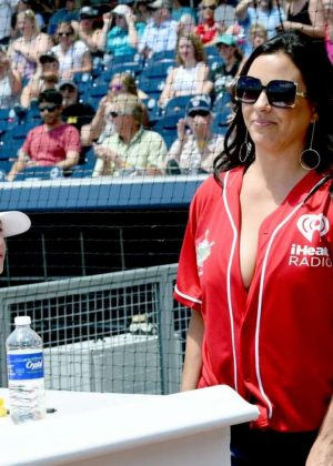 Sara Evans - 27th Annual City of Hope celebrity softball game in Nashville