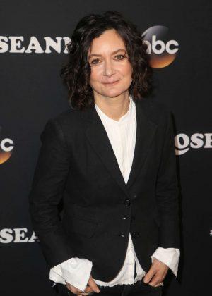 Sara Gilbert - 'Roseanne' Premiere in Los Angeles