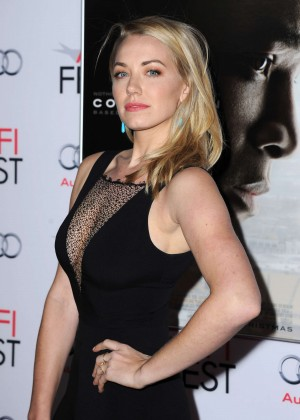 Sara Lindsey - Concussion Premiere in Hollywood