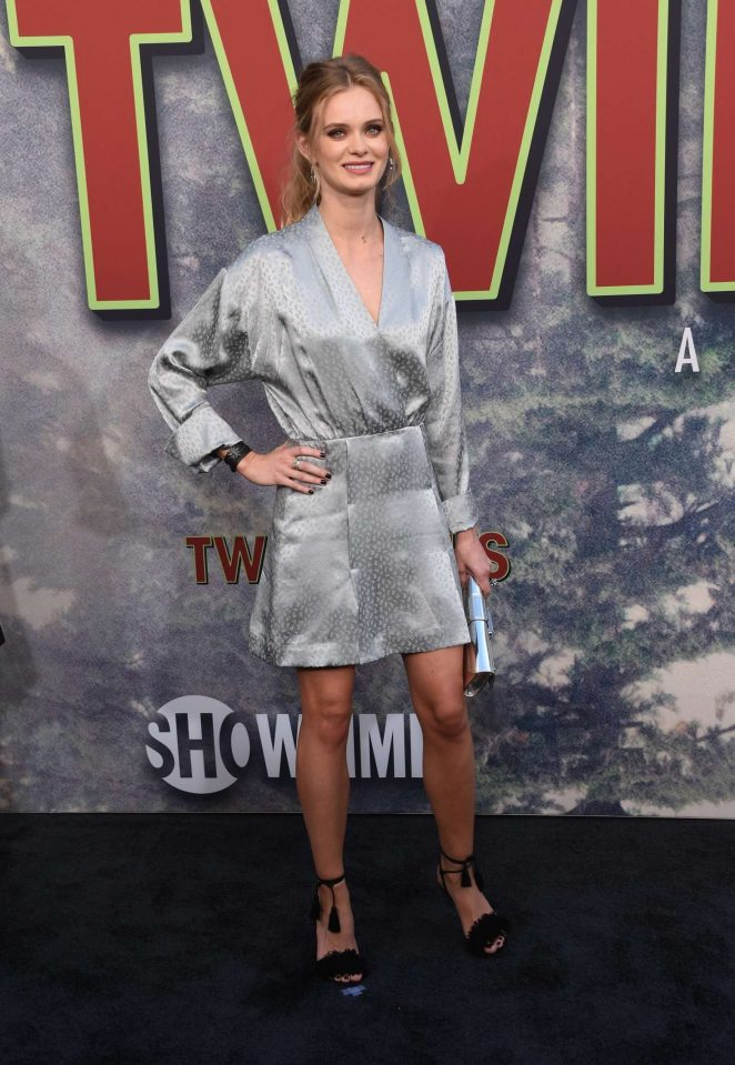 Sara Paxton - Showtime's 'Twin Peaks' Premiere in Los Angeles
