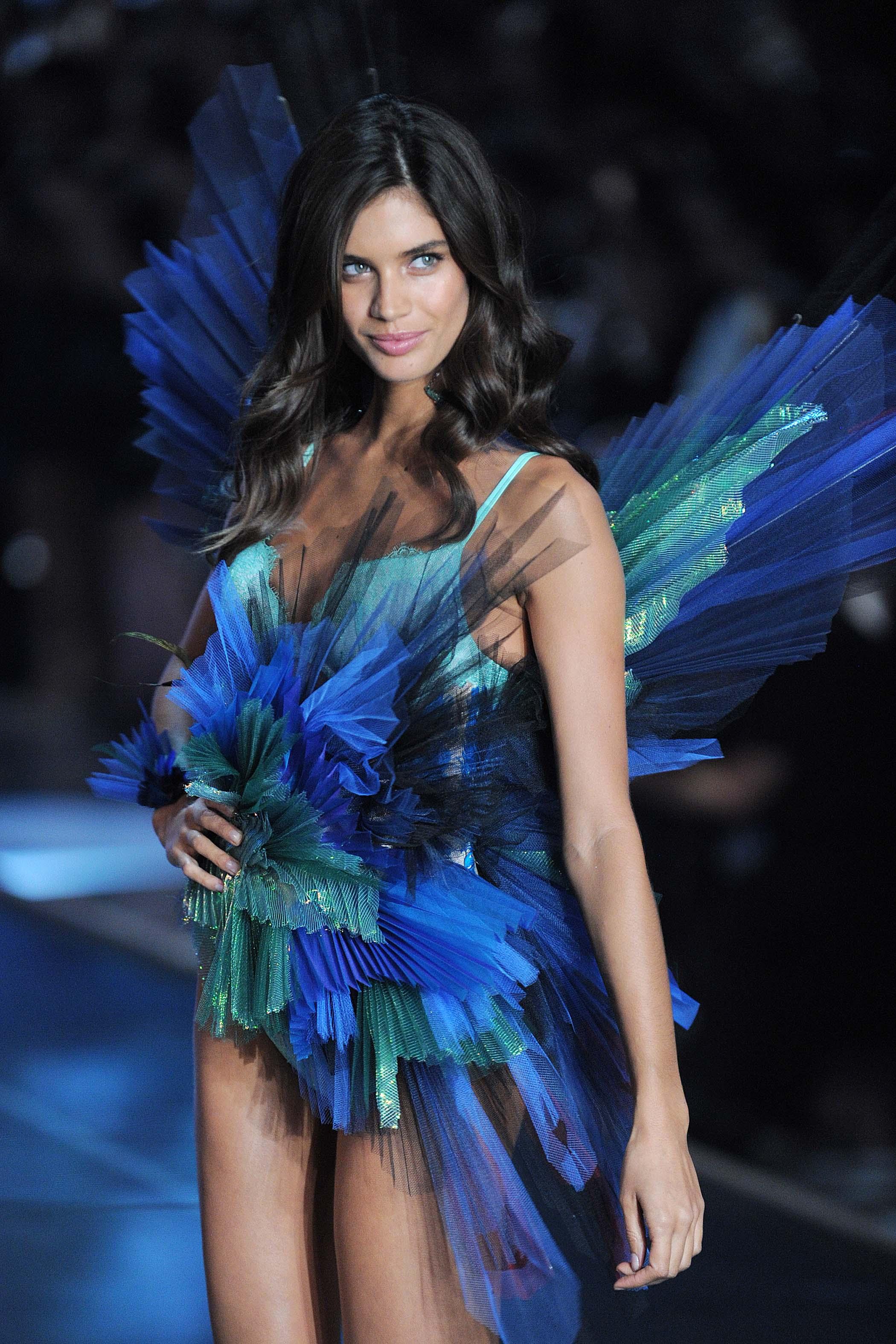 Sara Sampaio 2015 Victorias Secret Fashion Show Runway