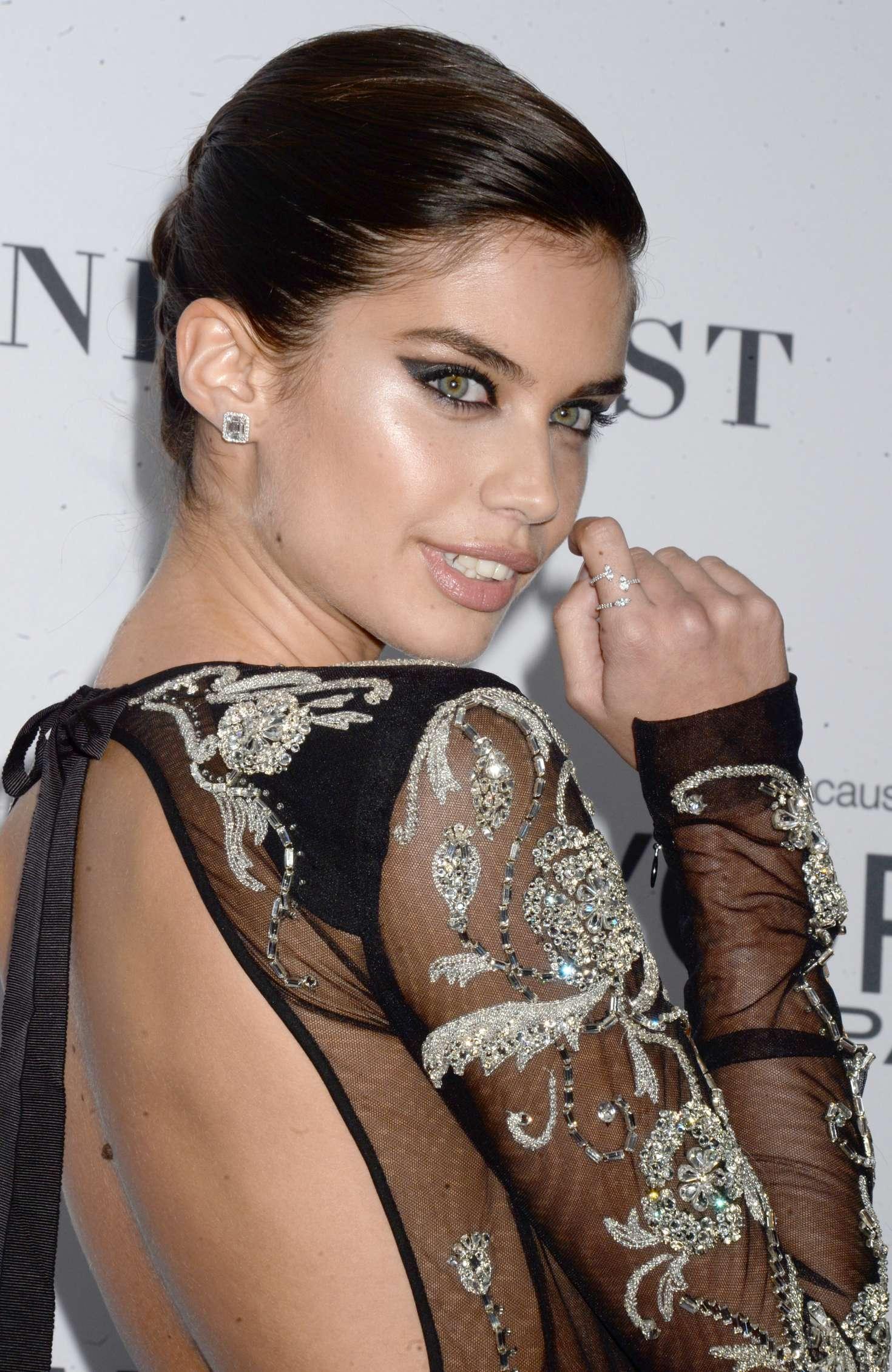 Sara Sampaio 2017 : Sara Sampaio: 2017 Glamour Women of The Year Awards -07
