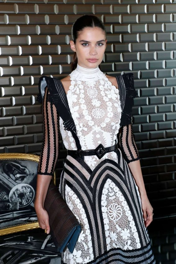 Sara Sampaio - 2019 Paris Fashion Week - Jean Paul Gaultier Haute Couture FW 2019-20