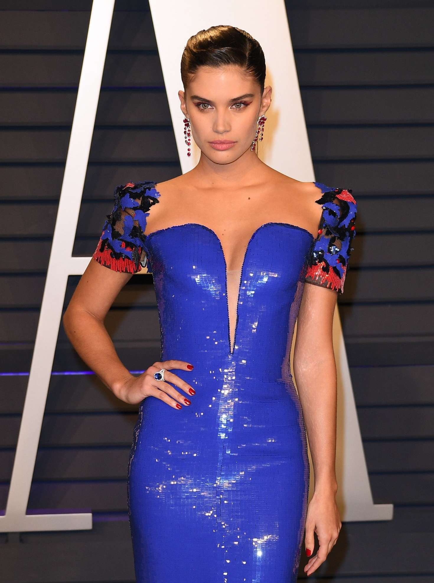 Sara Sampaio - 2019 Vanity Fair Oscar Party in Beverly Hills