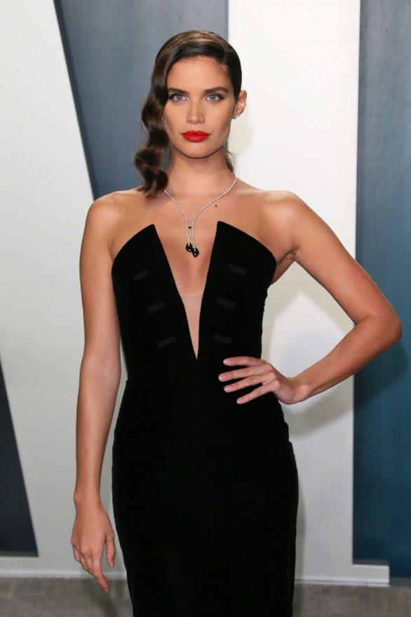 Sara Sampaio - 2020 Vanity Fair Oscar Party in Beverly Hills