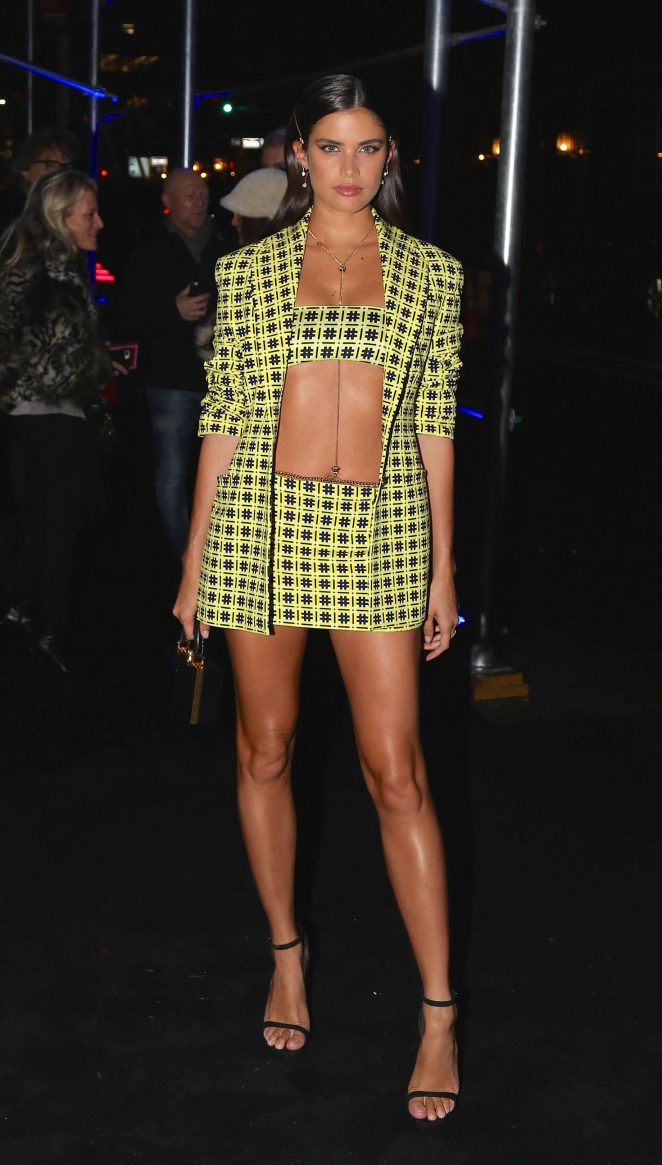 Sara Sampaio – Arrives at the Versace Fashion Show in New York