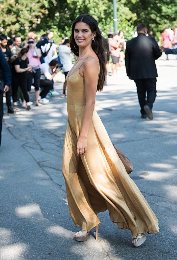Sara Sampaio - Arrives to Michael Kors Spring - Summer 2022 during New York Fashion Week