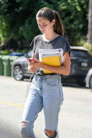 Sara Sampaio - Attends an acting class in LA