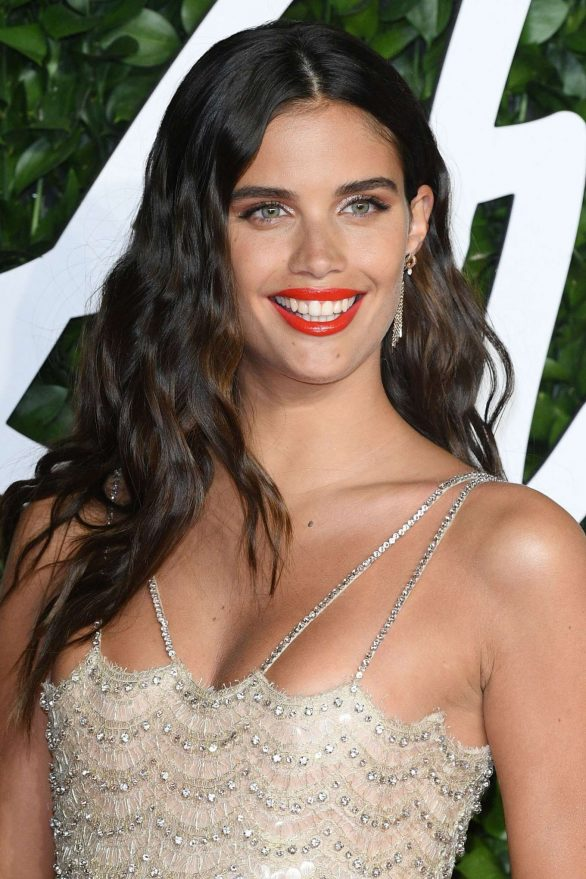 Sara Sampaio 2019 : Sara Sampaio – Fashion Awards 2019 in London-02