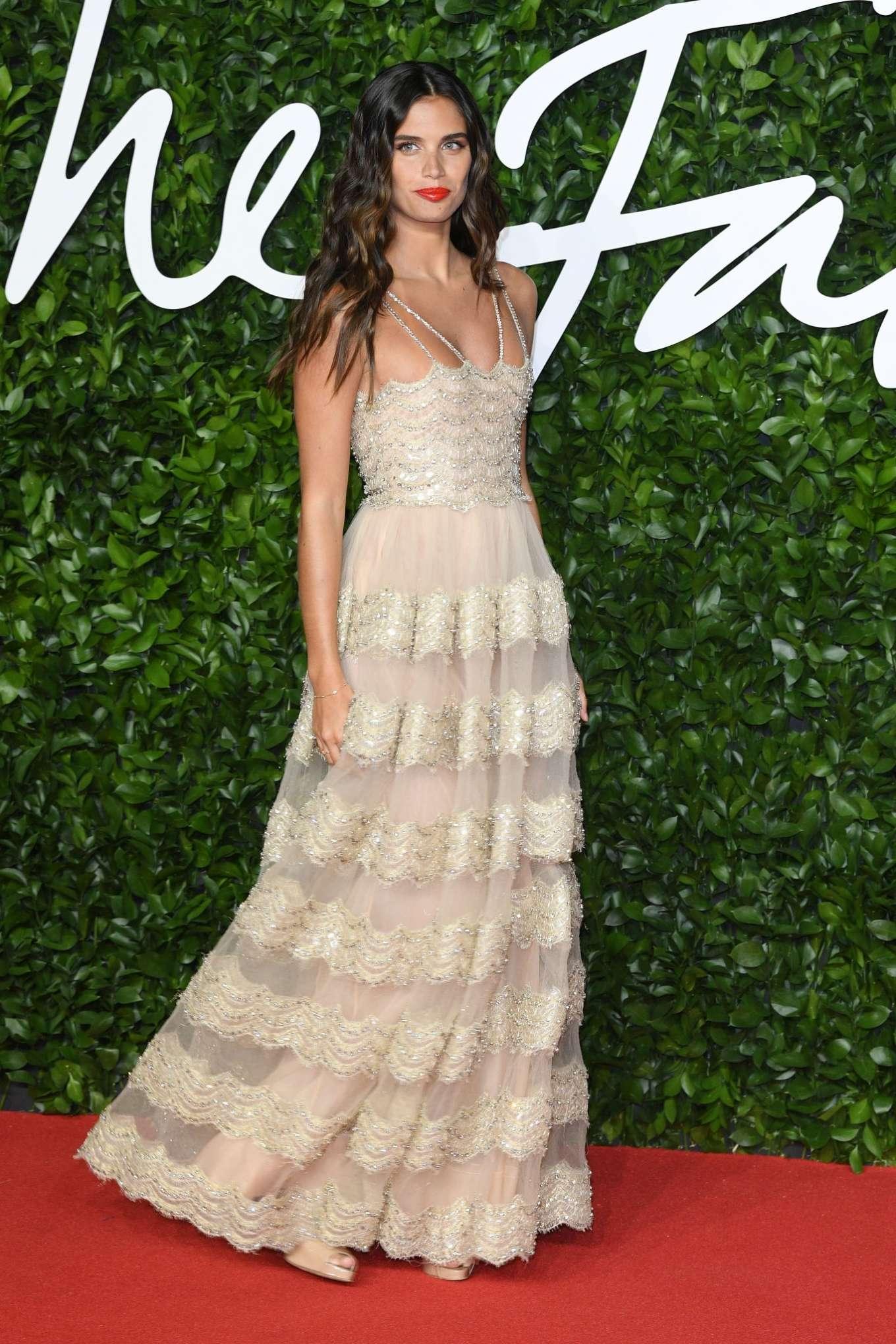 Sara Sampaio 2019 : Sara Sampaio – Fashion Awards 2019 in London-09