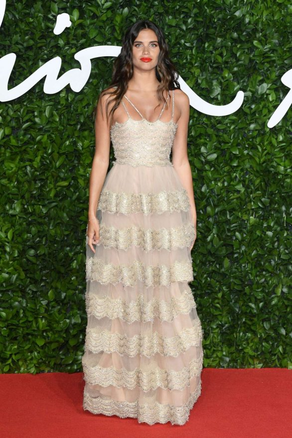 Sara Sampaio 2019 : Sara Sampaio – Fashion Awards 2019 in London-13