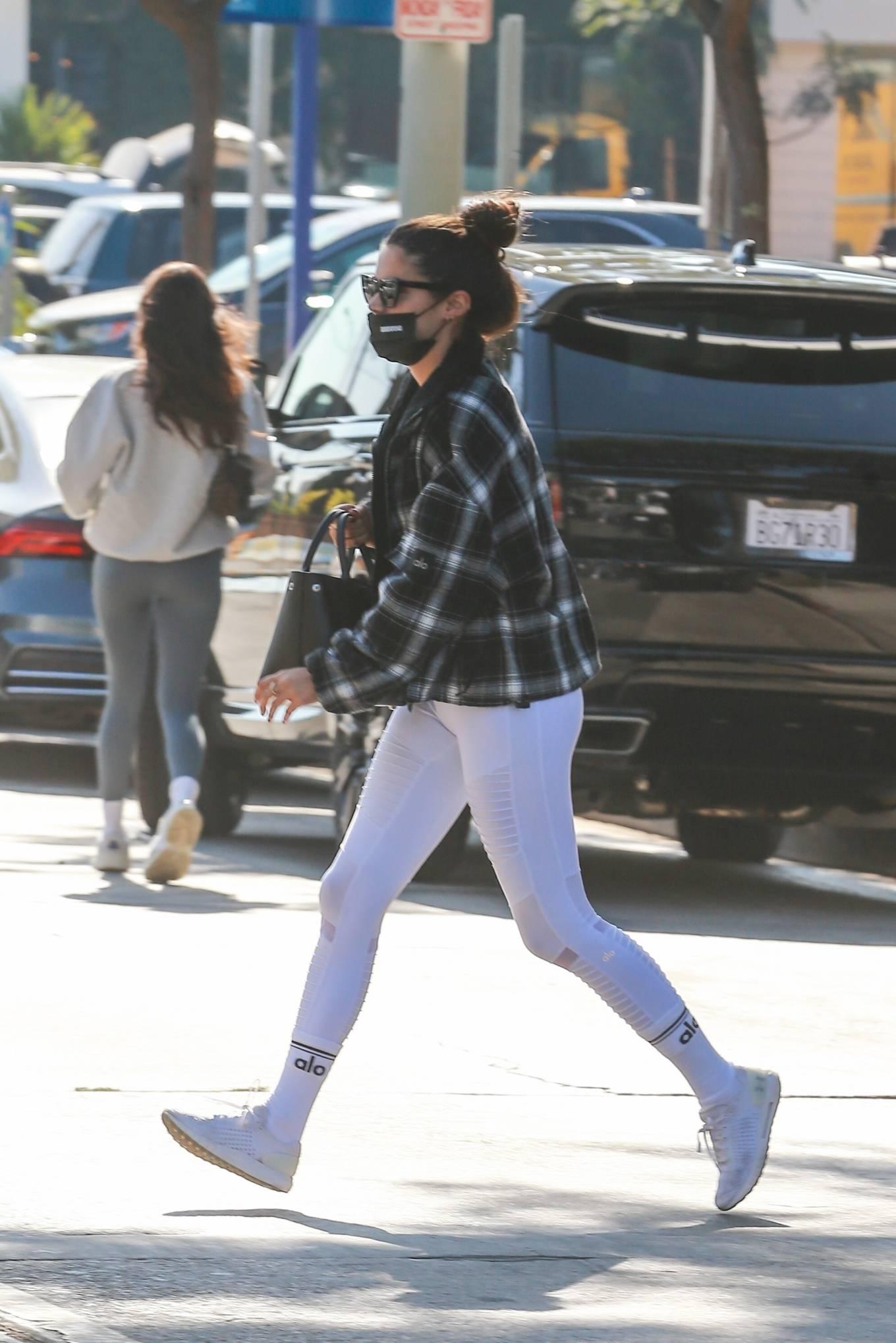 Sara Sampaio 2020 : Sara Sampaio – In white leggings heads to the gym in Los Angeles-11