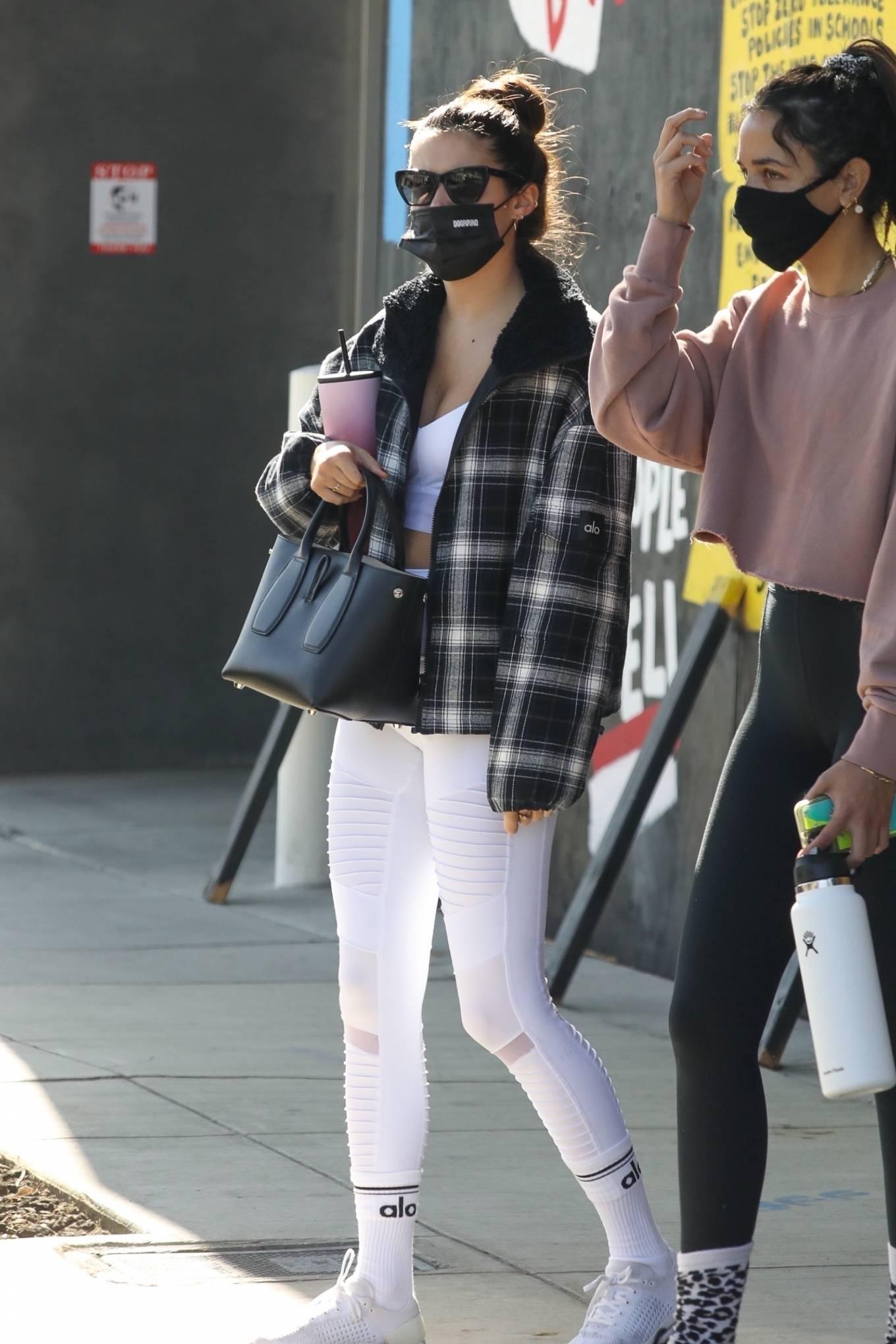 Sara Sampaio 2020 : Sara Sampaio – In white leggings heads to the gym in Los Angeles-12