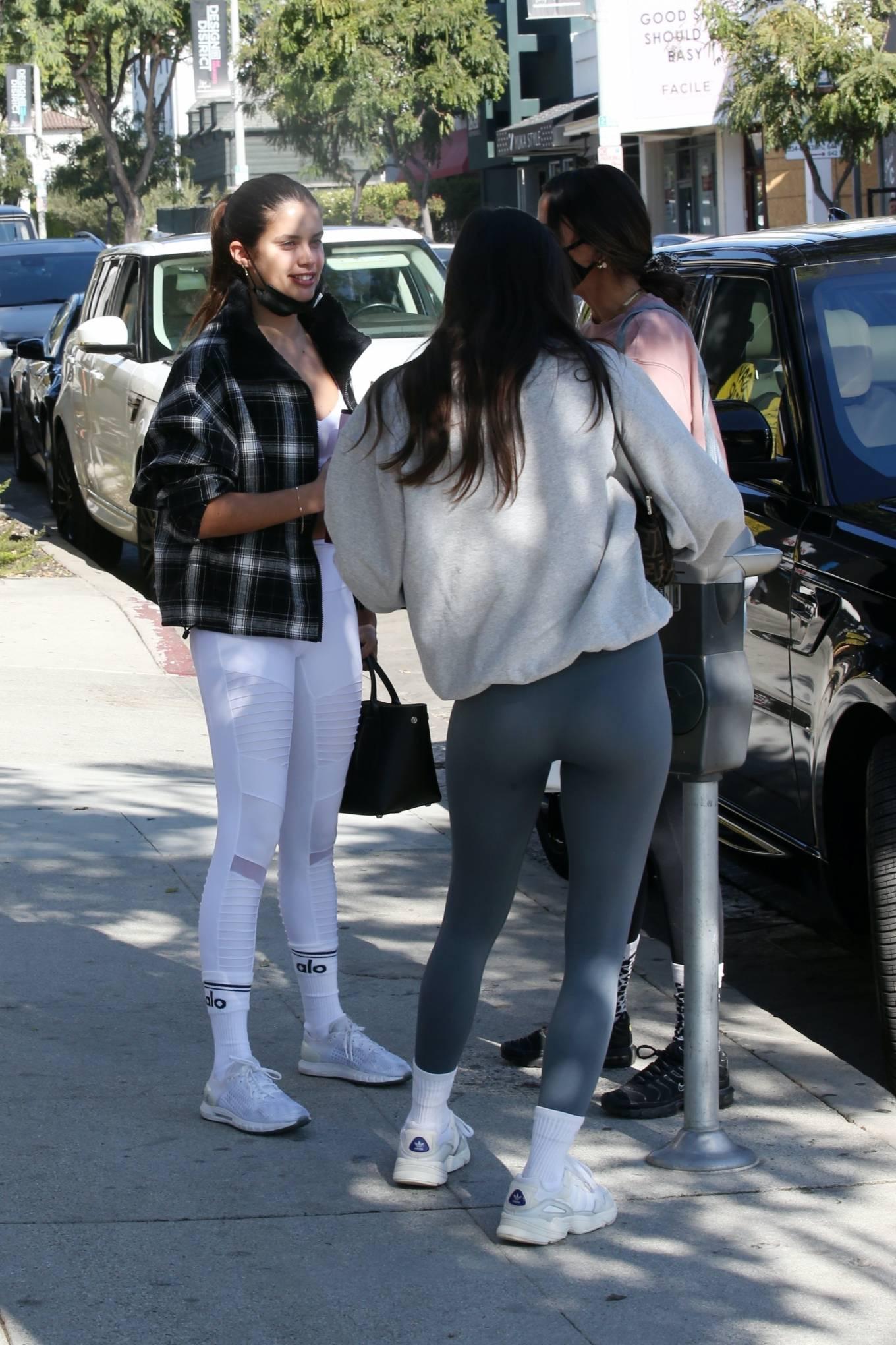 Sara Sampaio 2020 : Sara Sampaio – In white leggings heads to the gym in Los Angeles-29